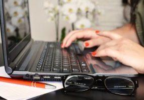 Ammattilainen on asiantuntija - Blogin elinkaaren neljäs merkkipaalu