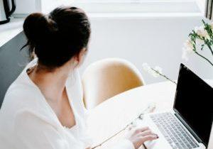 Blogin TOP 6 postausta e-kirjan kirjoittamisesta