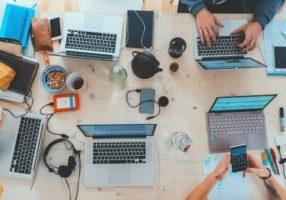 miksi bloggaaja ei kelpaa bloggaajalle lukijaksi